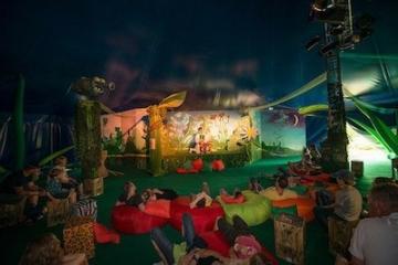 Blick auf eine Kindershow im Belantis Freizeitpark.