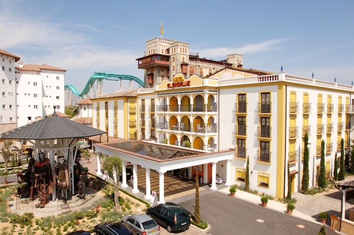 Außenansicht von Hotel El Andaluz im Europa-Park